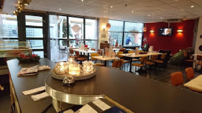 Lunch & Dinnercafé met afhaal & bezorg functie  in modern overdekt winkelcentrum in het bruisende hart van Hoogeveen foto 13