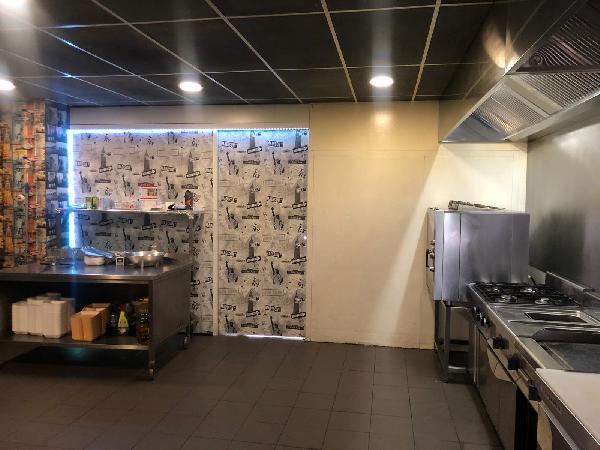 Afhaal & bezorg restaurant keuken, op super locatie op 2 adressen 2 bedrijven in 1 pand - Top Reviews foto 8