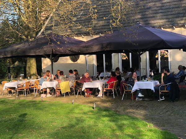 GERESERVEERD - Bistro het Koetshuis Enschede 450 m² Horeca groot terras en park foto 6