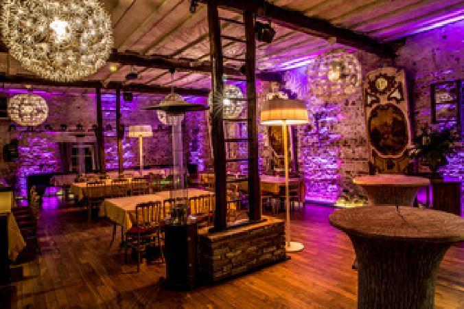 Partyhof/Restaurant net over de grens bij Roermond foto 2