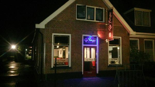 Vries Drenthe nieuw restaurant ter overname met bovenwoning foto 3