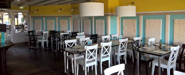 Cafe / Restaurant / Terras aan vaarwater Giethoorn foto 12