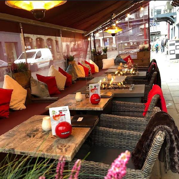 Brasserie-restaurant in centrum Houffalize (B) te huur. foto 2