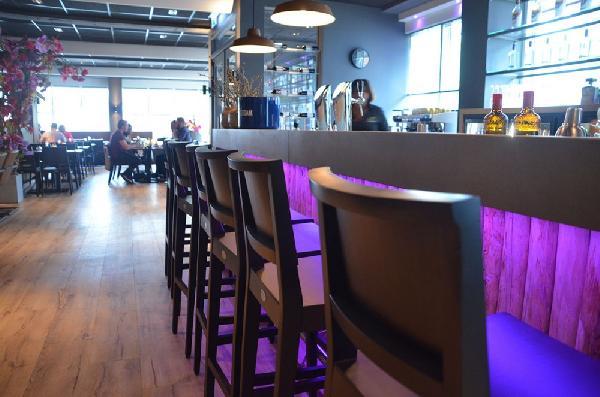 Klaar voor overname !! Hengelo - Restaurant 460m² op TOP (zicht) locatie in grote stad Overijssel foto 7