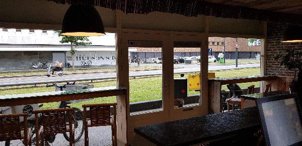 Afhaal & bezorg restaurant keuken, op super locatie op 2 adressen 2 bedrijven in 1 pand - Top Reviews foto 6