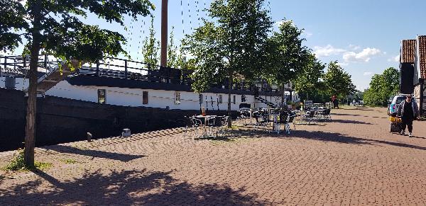 Pannenkoekenboot & à la carte restaurant Haven Noordzijde 65 foto 3