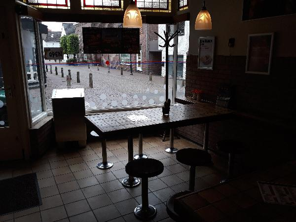 Cafetaria met woonhuis in Stein (L) foto 4