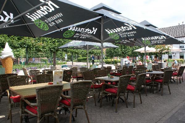 Cafetaria en eetcafé met bovenwoning foto 3