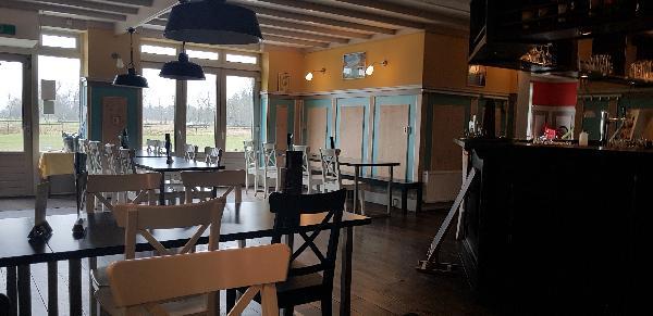 Cafe / Restaurant / Terras aan vaarwater Giethoorn foto 19