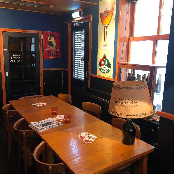 Cafe te koop in centrum Dordrecht met nachtvergunning en zonder verplichtingen foto 5