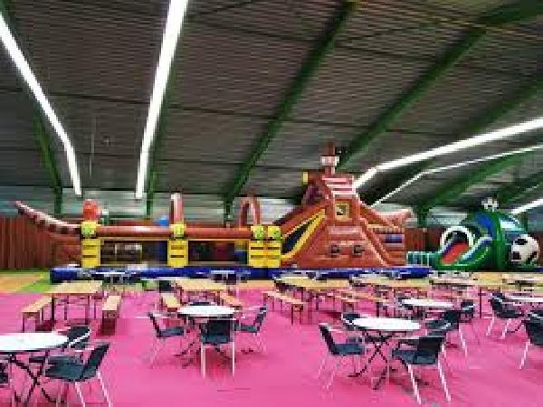 Te koop/ te huur indoor sportcentrum met horeca exploitatie in Hoogerheide West Brabant foto 10