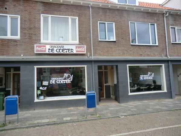 Leeuwarden snackbar met bovenwoning ter overname foto 3