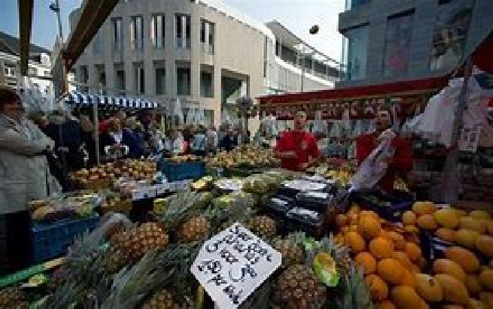 Ter overname op toplocatie in Maastricht, op de Markt mooie grote horecazaak. foto 3