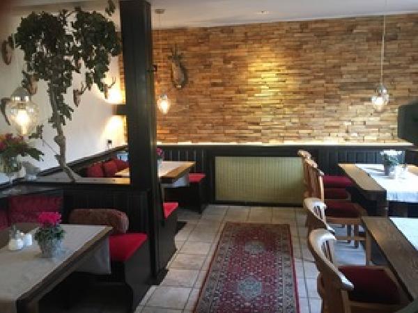 Partyhof/Restaurant net over de grens bij Roermond foto 3