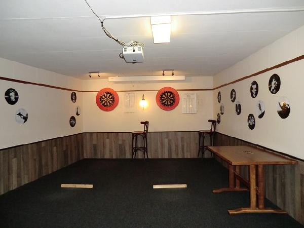 Steenwijk pool- snooker- dartcentrum MagicBalls VERHUURD foto 4