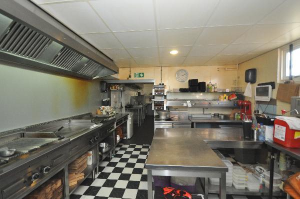 Te koop, goed Gezellig bekend staand Burgerbar-Restaurant met ruim terras in Barneveld    foto 14