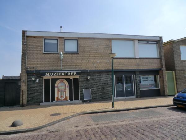 Nieuw Surhuisterveen VERHUURD tegen zeer aantrekkelijke voorwaarden te huur muziekcafe foto 1