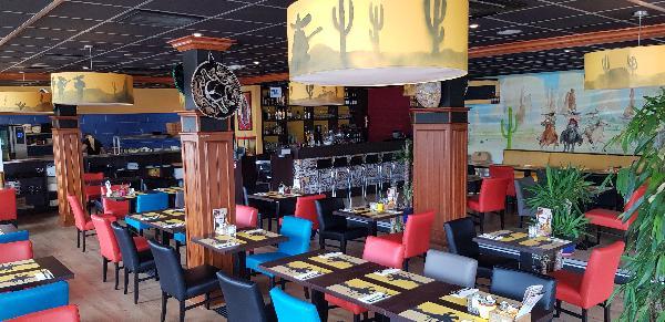 Mexicaans / Zuid Amerikaans Restaurant met groot terras en Gratis parkeren foto 4