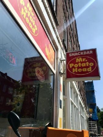Cafetaria te koop in grote woonwijk in Rotterdam foto 7