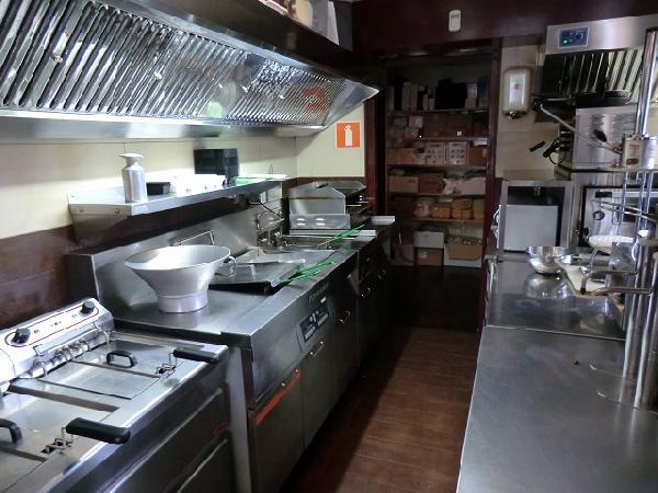 Marrum cafe met snackbar en bovenwoning VERHUURD foto 6