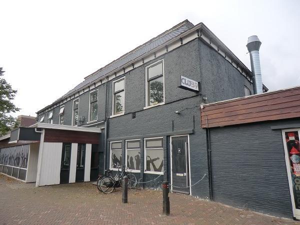 Buitenpost NIEUW overname inventaris Club39/Pub39 VERHUURD foto 4