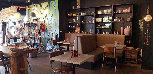 Lunchroom & Kado-concept winkel Dagzaak met terras in leukste winkelstraat van Ommen foto 28