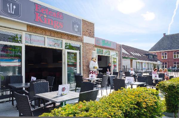 Cafetaria Eetcafé Hamburgerrestaurant Ribs&Beer. foto 1