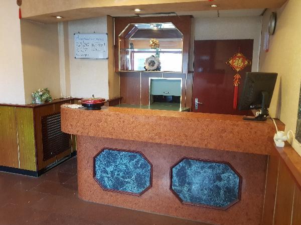 Afhaal/bezorg restaurant met grote Catering keuken en ruime bovenwoning met groot terras foto 7