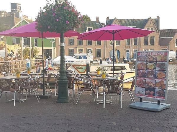 Restaurant met diverse mogelijkheden te koop op aantrekkelijke locatie! foto 1