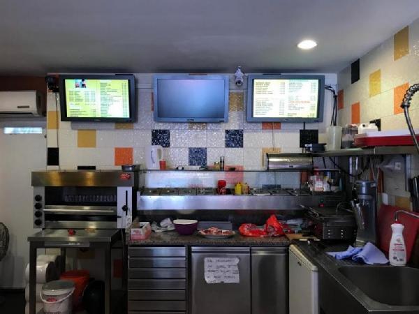Cafetaria te koop in grote woonwijk in Rotterdam foto 3