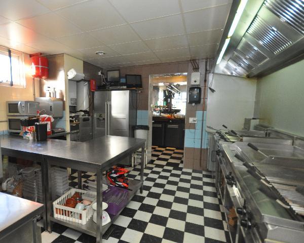 Te koop, goed Gezellig bekend staand Burgerbar-Restaurant met ruim terras in Barneveld    foto 15