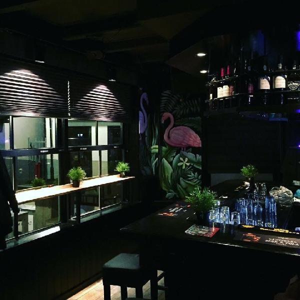 Café in het centrum van Axel met goede omzet in beperkte openingsuren! foto 3