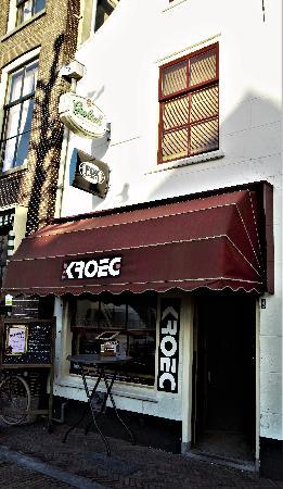 Café met 2 terrassen aan de Gracht en aanlegplaats rondvaartboot   foto 15