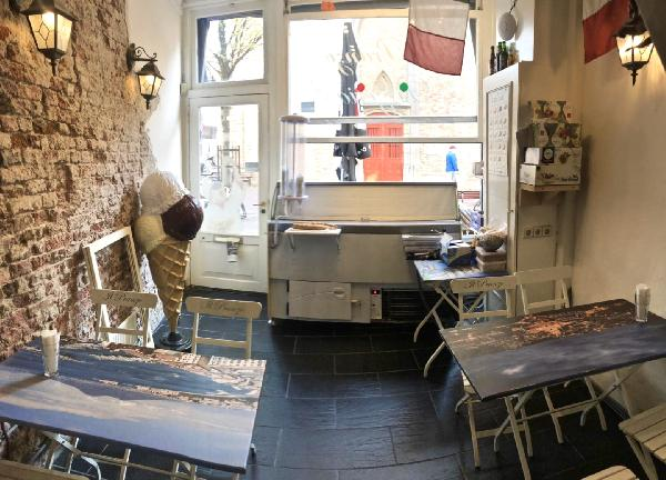 Il Pranzo Pizzeria en ijssalon in Middelburg foto 8