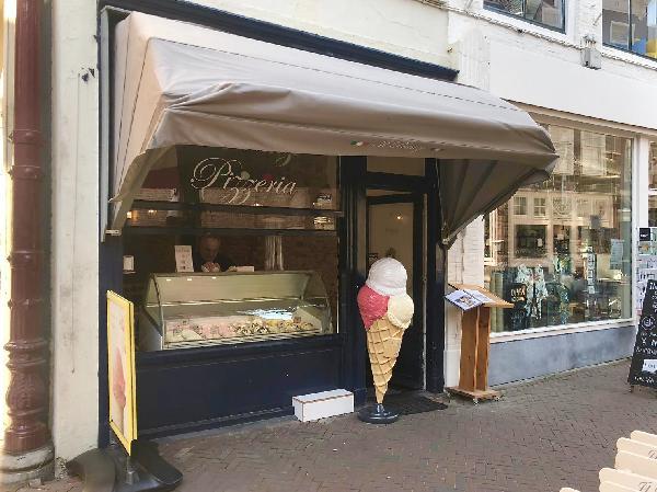 Il Pranzo Pizzeria en ijssalon in Middelburg foto 1