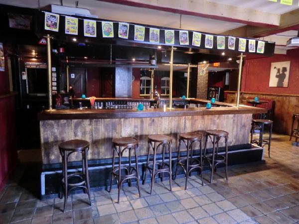 Nieuw Surhuisterveen VERHUURD tegen zeer aantrekkelijke voorwaarden te huur muziekcafe foto 4