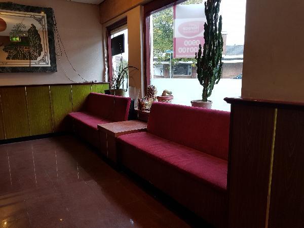 Afhaal/bezorg restaurant met grote Catering keuken en ruime bovenwoning met groot terras foto 4