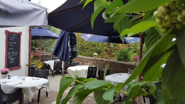 € 20.000,- Knus restaurant in de polders van Hulst aan de Westerschelde. foto 4
