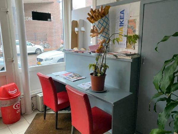 Cafetaria met bovenwoning te koop in Helmond foto 3