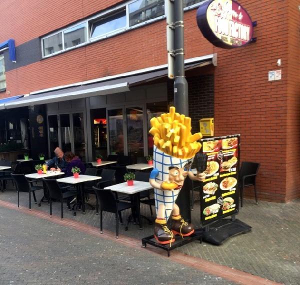 Cafetaria te koop met hoge omzet in uitgaanscentrum Eindhoven