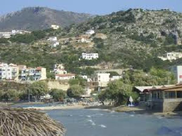 Ter overname op Kreta: de beste bar in Almyrida (meer foto's in de brochure). foto 4