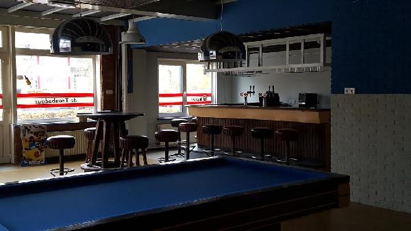 Café met bovenwoning en grote zaal in Clinge (Hulst) te huur. foto 6