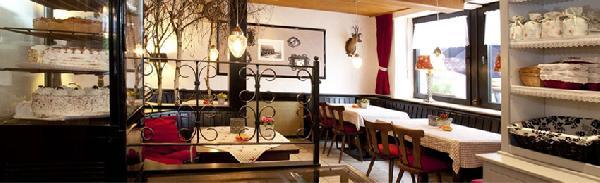 Partyhof/Restaurant net over de grens bij Roermond foto 4