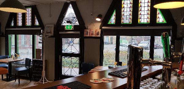 Eetcafé op driesprong aan doorgaande weg vanuit het centrum Deventer foto 15