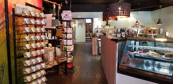Lunchroom & Kado-concept winkel Dagzaak met terras in leukste winkelstraat van Ommen foto 10