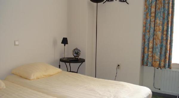 Beleggingspand te koop: verhuurd hotel in centrum van Terneuzen. foto 12