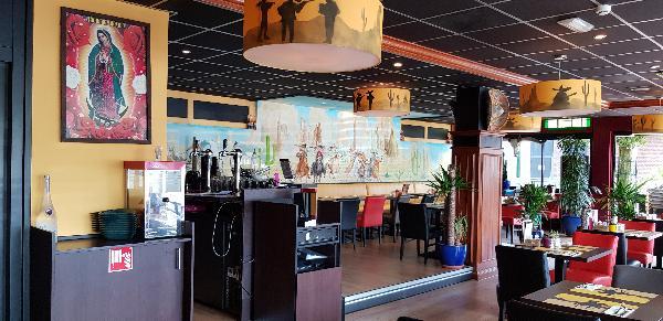 Mexicaans / Zuid Amerikaans Restaurant met groot terras en Gratis parkeren foto 12