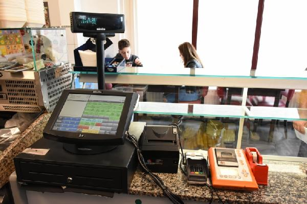 Cafetaria te koop met hoge omzet in Lelystad foto 5