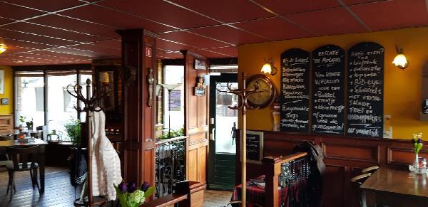 Veurne good bot geete vot! Gezellig bruin Eetcafé Tubbig foto 8