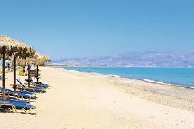 Te koop zeer mooi hotel in de bekende plaats Chania. foto 1